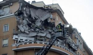 roma-palazzo-crollato006-1000x600